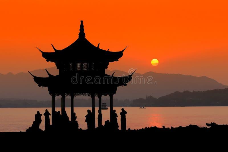 Zonsondergang in Hangzhou