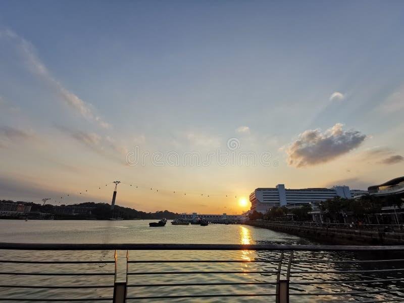 Zonsondergang in HarbourFront @ Singapore stock afbeeldingen