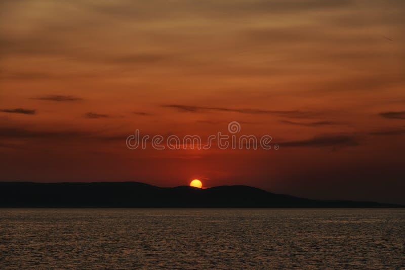 Zonsondergang, het Adriatische overzeese landschap stock afbeelding