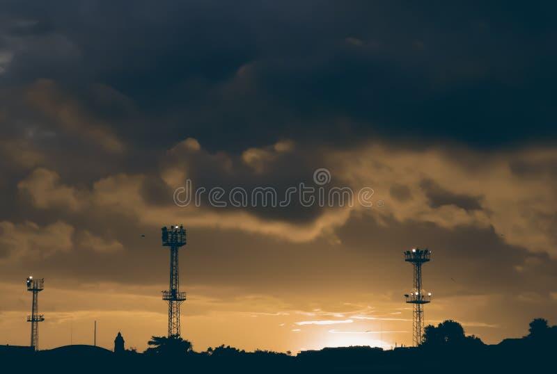 Zonsondergang Het landschap van de nacht stock foto's