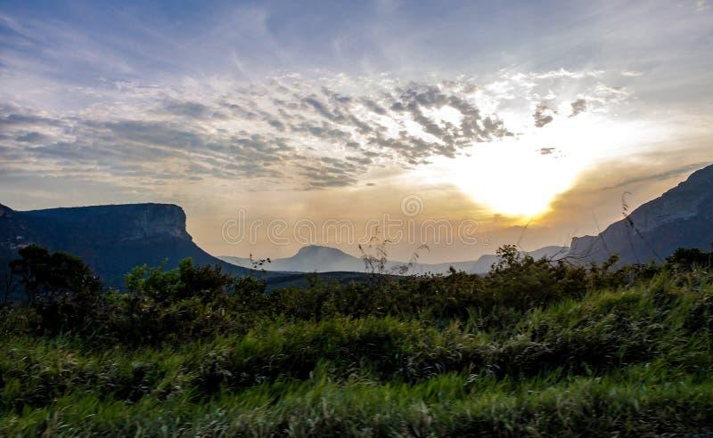 Zonsondergang in het Nationale Park van Chapada Diamantina - Bahia, Brazilië royalty-vrije stock afbeeldingen