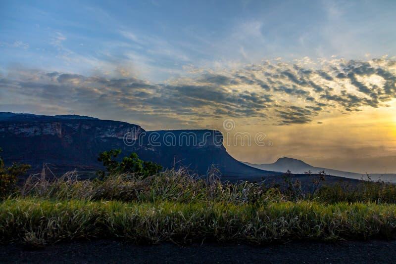 Zonsondergang in het Nationale Park van Chapada Diamantina - Bahia, Brazilië stock fotografie