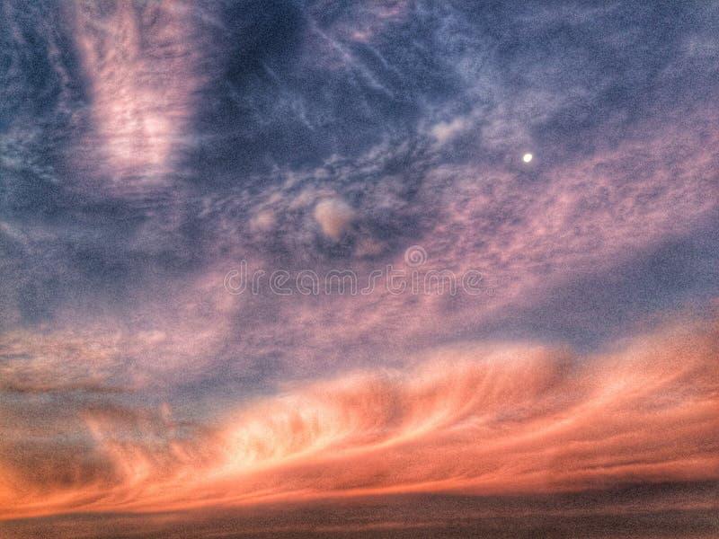 Zonsondergang in het overzees royalty-vrije stock foto's