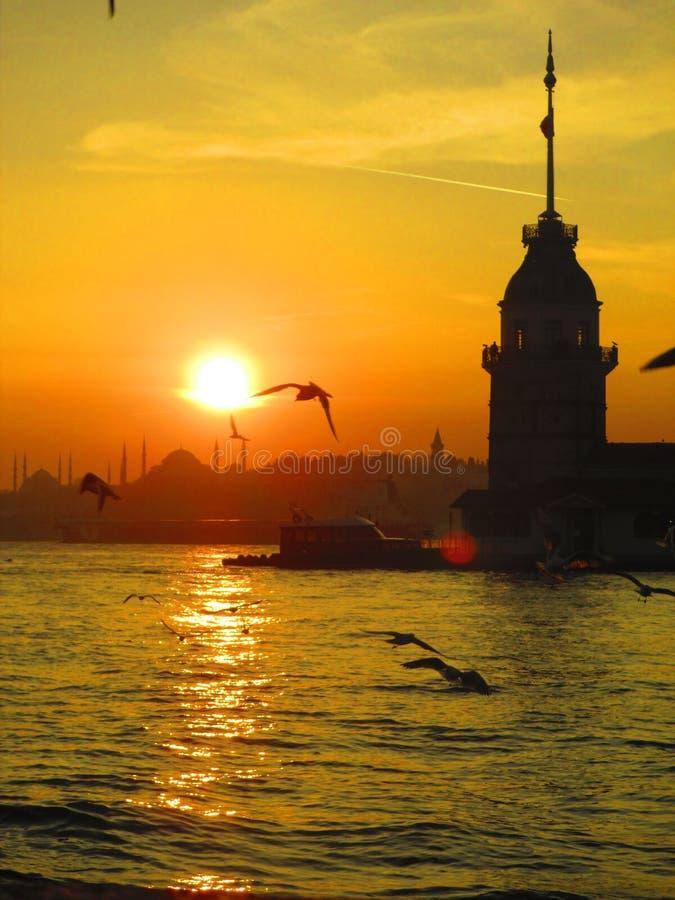 Zonsondergang in Istanboel, Turkije stock afbeeldingen