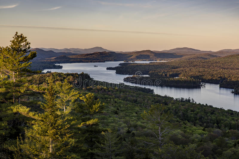 Zonsondergang - Kale Berg - Adirondack-Bergen - New York stock fotografie