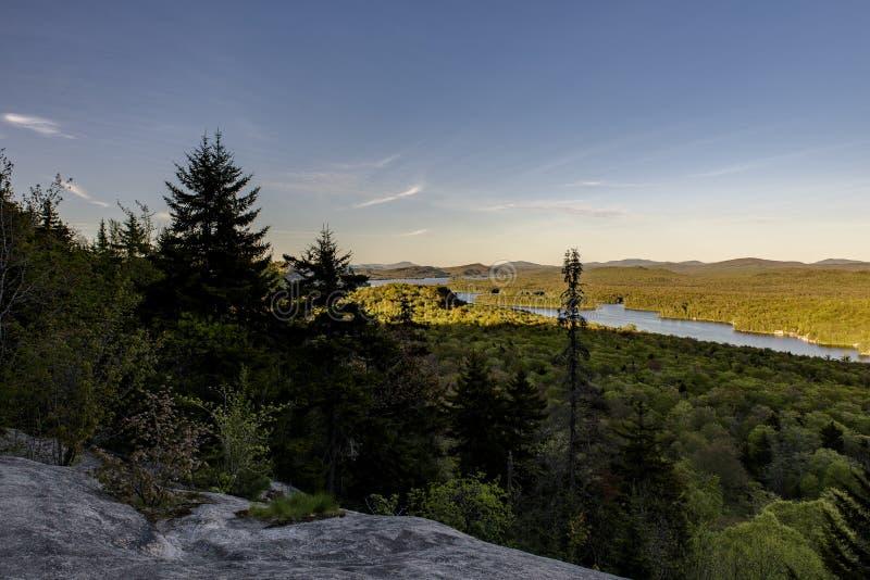 Zonsondergang - Kale Berg - Adirondack-Bergen - New York stock foto's