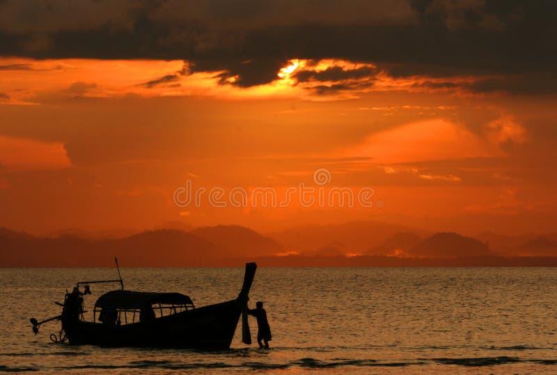 Zonsondergang in Koh Ngai royalty-vrije stock afbeeldingen