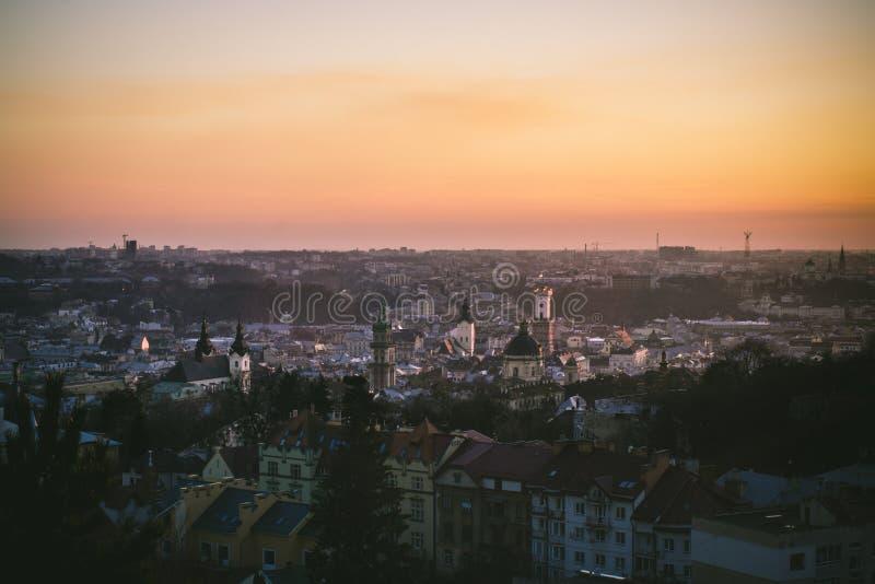 Zonsondergang in Lviv stock foto's