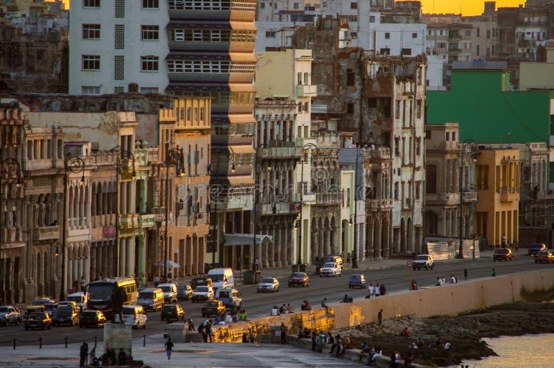 Zonsondergang in Malecà ³ n, Havana, Cuba stock foto