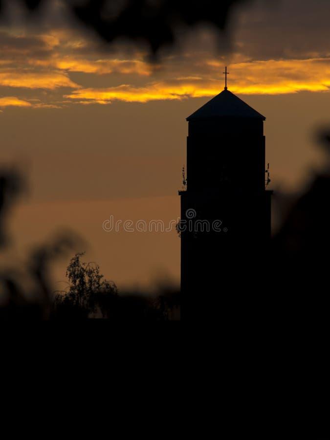 Zonsondergang met stadhuis royalty-vrije stock afbeeldingen