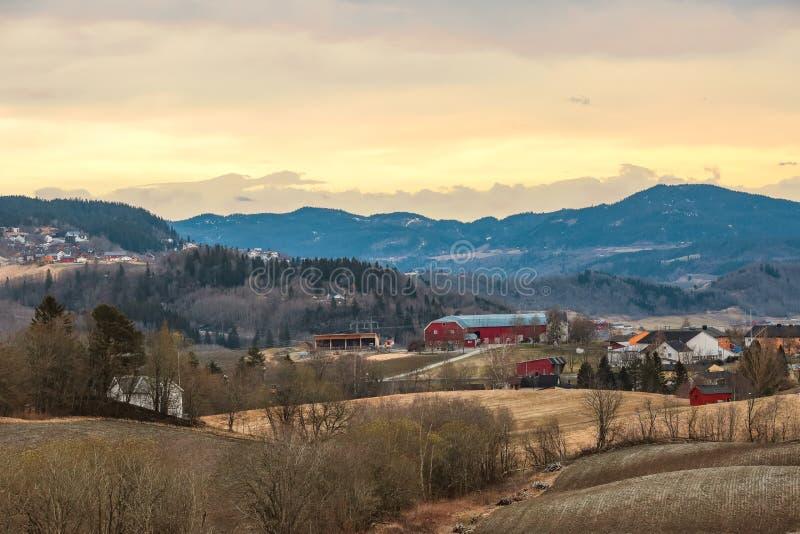 Zonsondergang in Noorwegen royalty-vrije stock foto's
