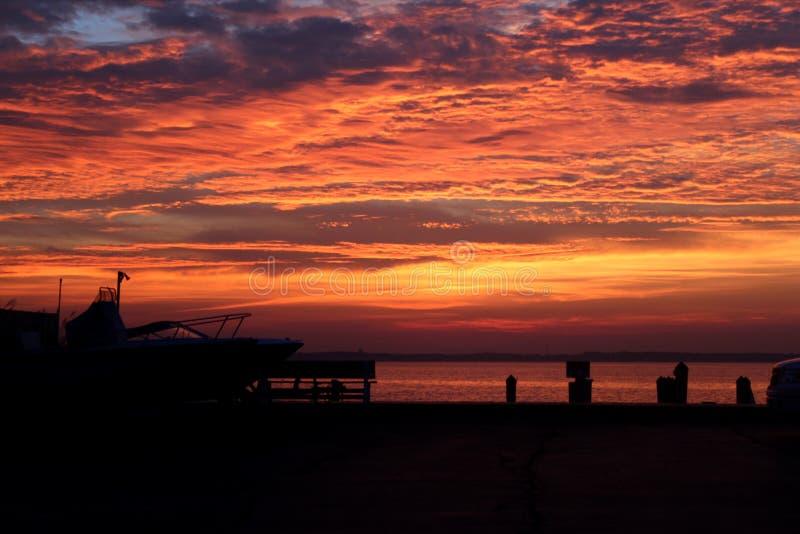 Zonsondergang in oceaanstad, Maryland, de V.S. stock foto's