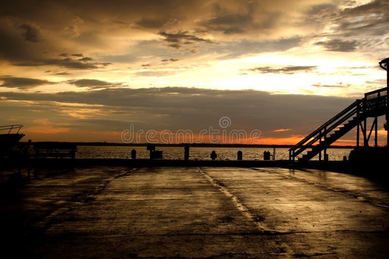 Zonsondergang in oceaanstad, Maryland, de V.S. royalty-vrije stock afbeeldingen