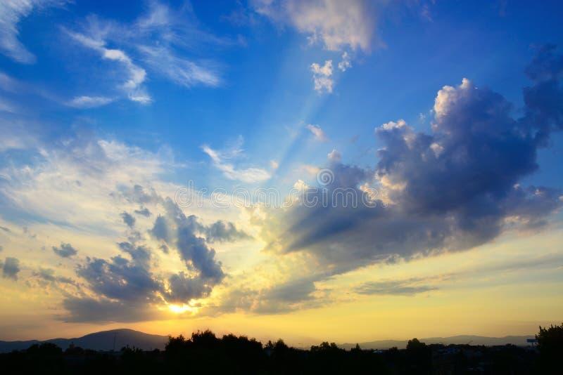 Zonsondergang in Oia dorp royalty-vrije stock foto