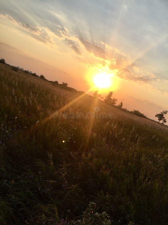Zonsondergang op de Heuvel royalty-vrije stock foto