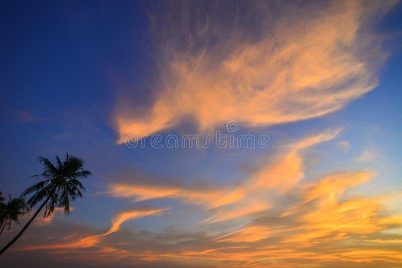 Zonsondergang op de oceaan royalty-vrije stock fotografie