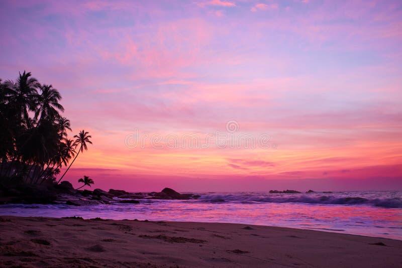 Zonsondergang op de oceaan, royalty-vrije stock afbeeldingen