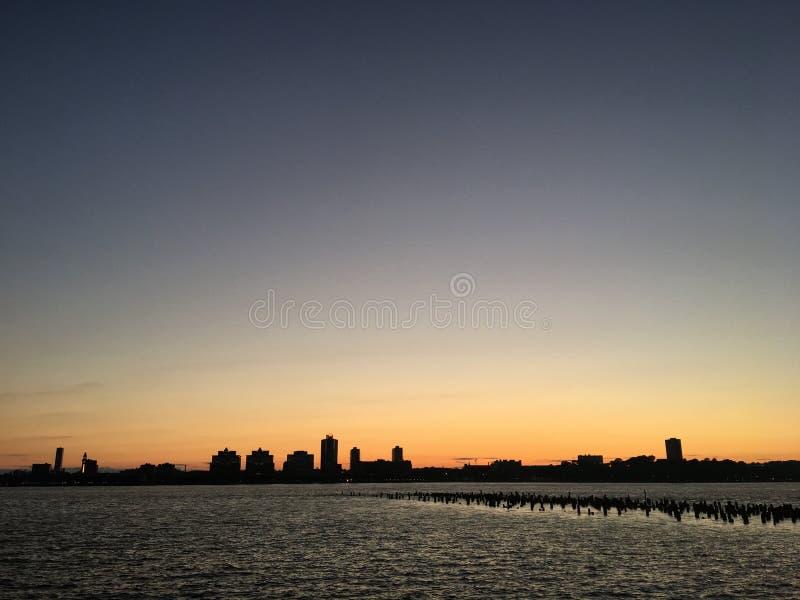 Zonsondergang op de stad