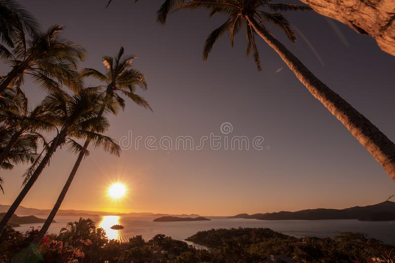 Zonsondergang op Hamilton Island, Australië royalty-vrije stock afbeelding