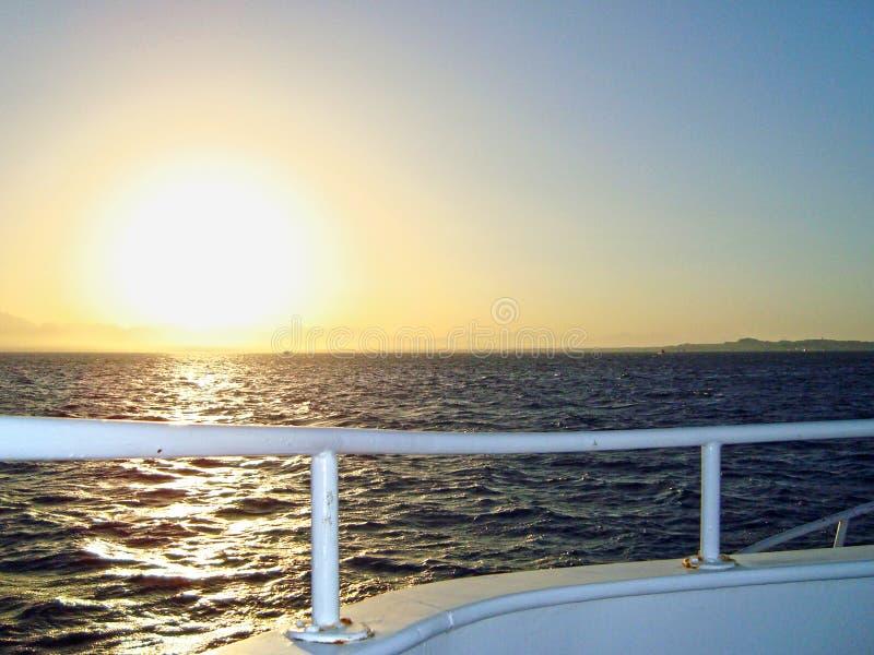 Zonsondergang op het Rode overzees stock afbeelding