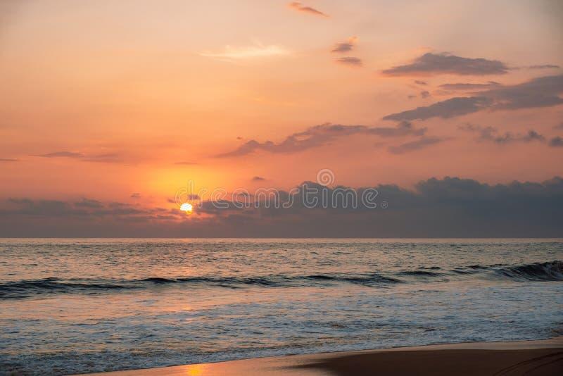 Zonsondergang op Indische Oceaan royalty-vrije stock foto