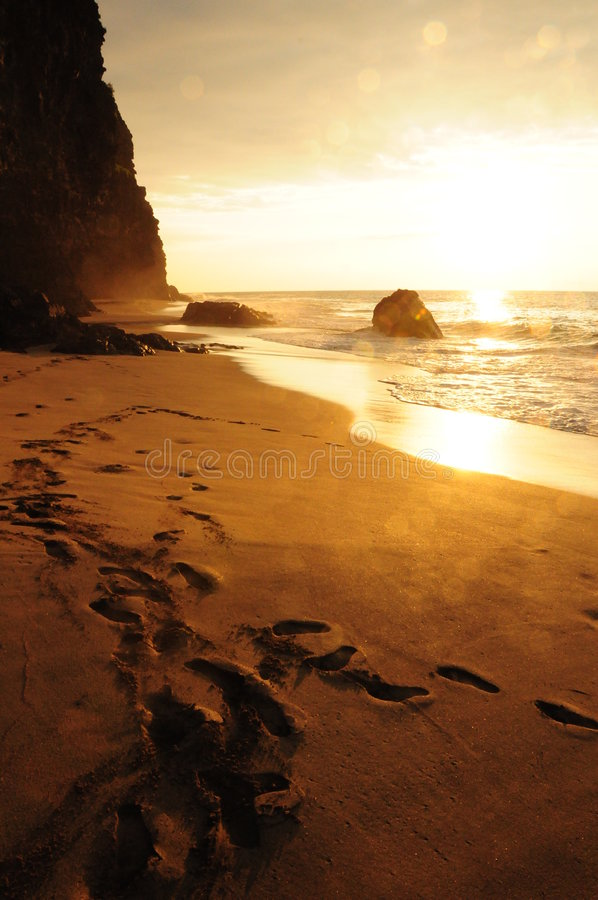 Zonsondergang op Kauai royalty-vrije stock afbeeldingen