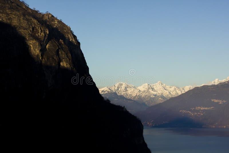 Zonsondergang op Meer Como royalty-vrije stock afbeelding