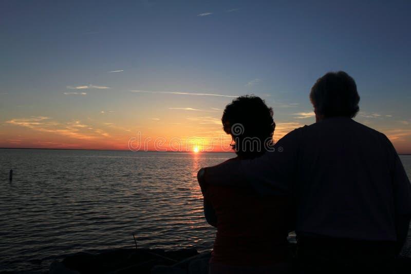 Zonsondergang op meer Zuid-Carolina stock afbeelding