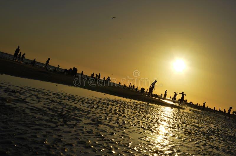 Zonsondergang op Siëstastrand royalty-vrije stock afbeelding