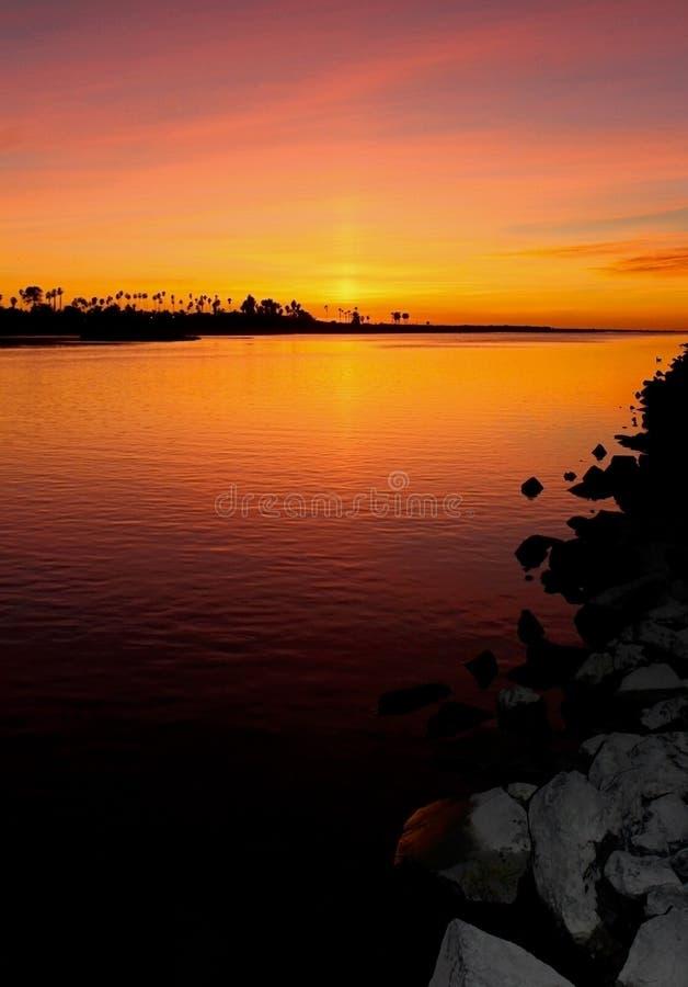 Zonsondergang, Opdrachtbaai, San Diego, Californië royalty-vrije stock foto