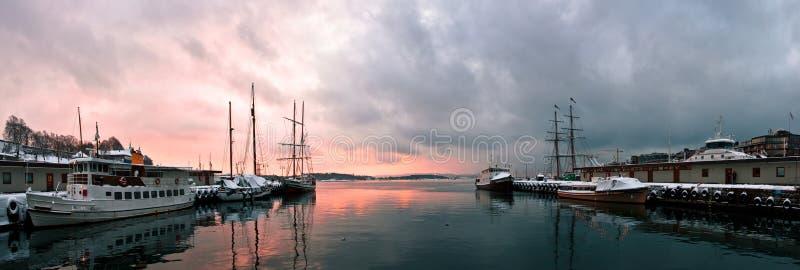 Zonsondergang in Oslo royalty-vrije stock fotografie