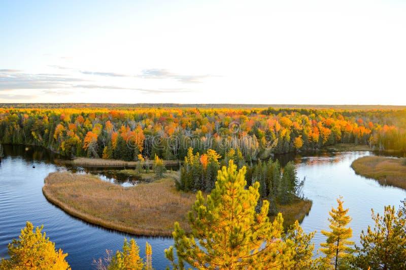 Zonsondergang over de wateren van de Ausable-rivier royalty-vrije stock foto