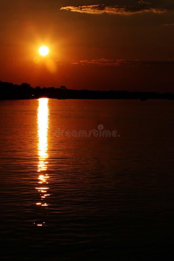 Download Zonsondergang Over De Zambezi Rivier Stock Foto - Afbeelding bestaande uit summer, nave: 277880