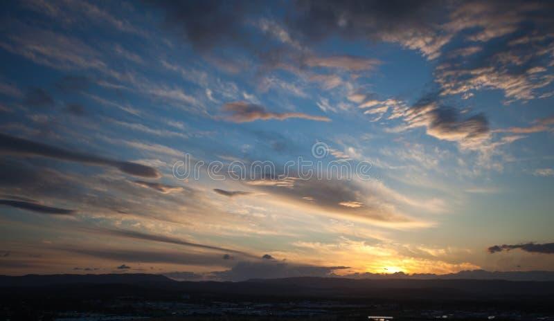 Zonsondergang over het Gouden achterland van de Kust stock fotografie