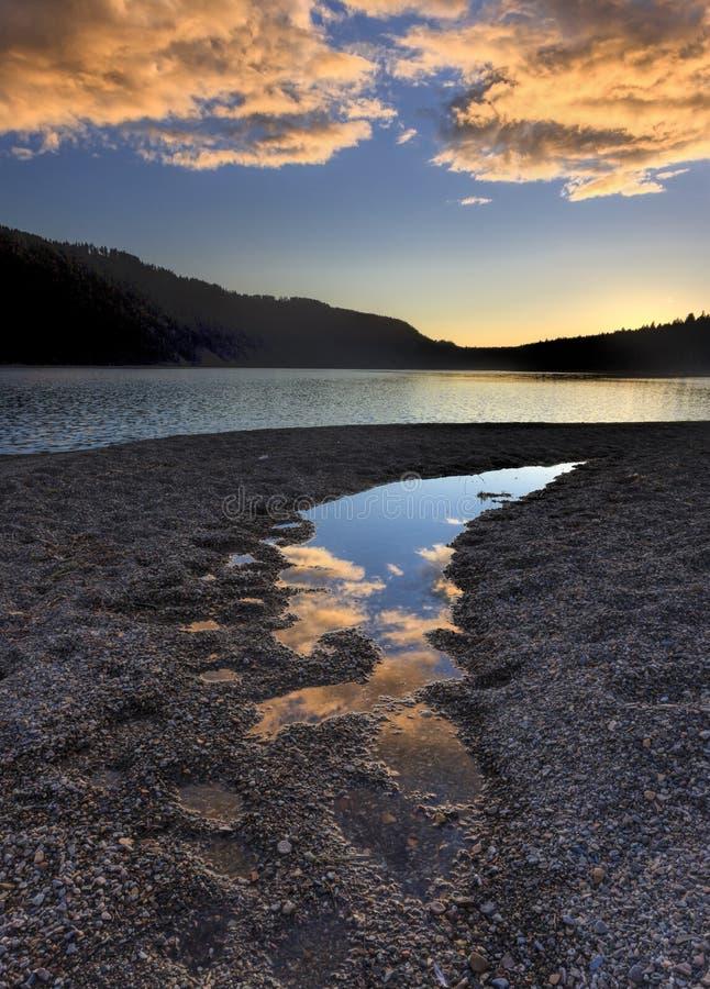 Zonsondergang over meer het Noord- van Idaho royalty-vrije stock foto's