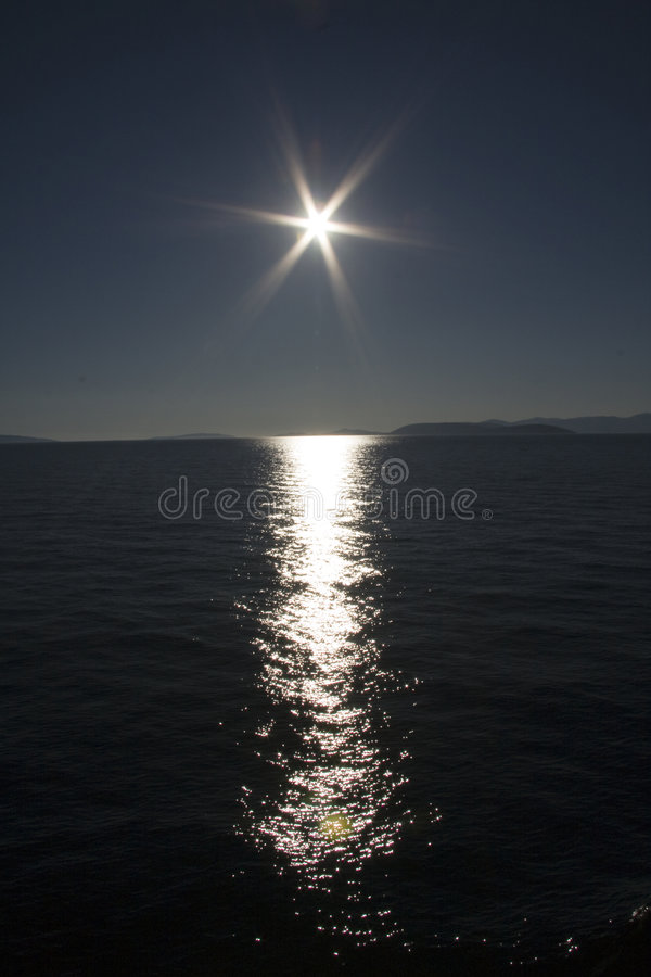 Zonsondergang over oceaan royalty-vrije stock foto's