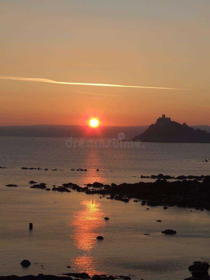 Zonsondergang over overzees in Cornwall royalty-vrije stock foto