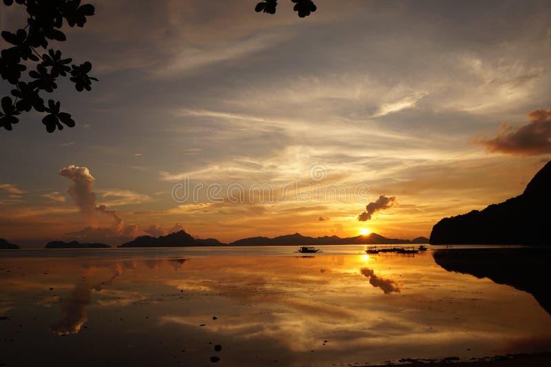Zonsondergang in Palawan royalty-vrije stock fotografie