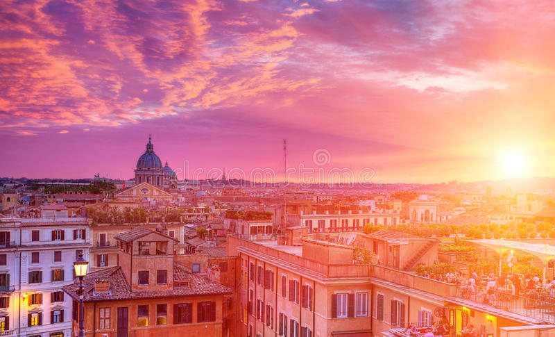 Zonsondergang in Rome stock afbeelding