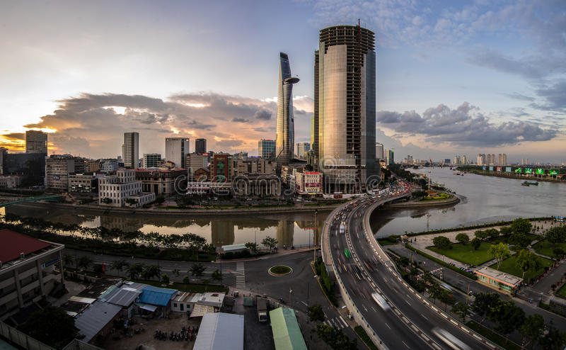 Zonsondergang in Saigon, Vietnam royalty-vrije stock foto's