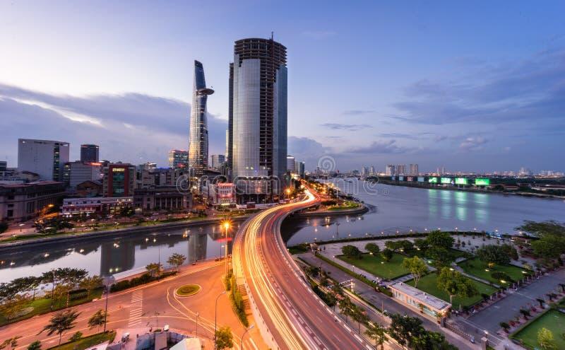 Zonsondergang in Saigon, Vietnam royalty-vrije stock afbeeldingen