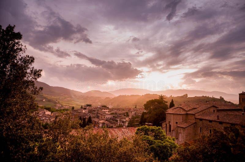 Zonsondergang in Salerno, Italië stock afbeeldingen