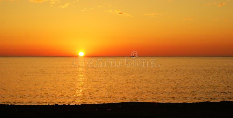 Zonsondergang in Sicilië stock afbeeldingen