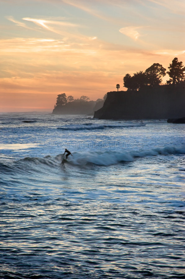 Zonsondergang Surfer royalty-vrije stock foto's