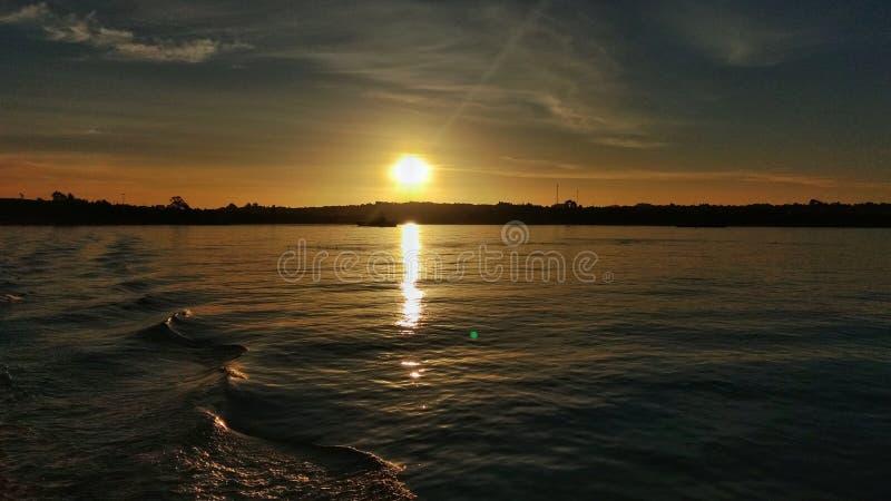 Zonsondergang van Chiloé stock foto's