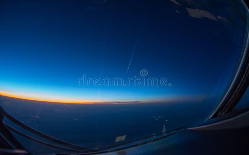 Zonsondergang van de cockpit stock fotografie