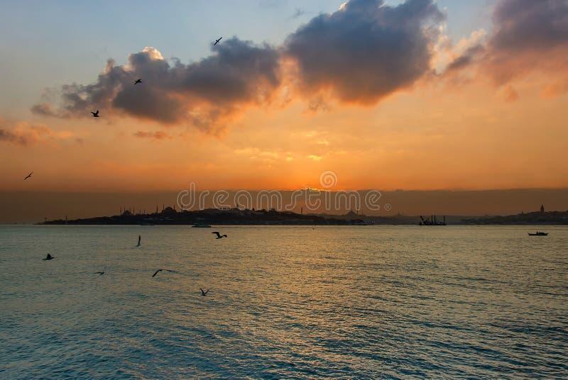 Zonsondergang van Istanboel stock foto