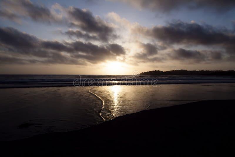 Zonsondergang van Sandy Beach Point Reyes California royalty-vrije stock afbeeldingen