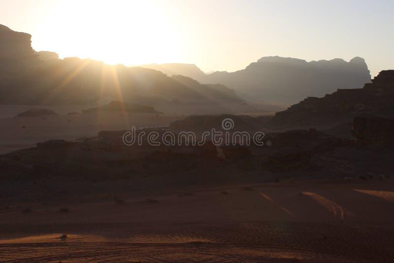 Zonsondergang in Wadi Rum stock foto