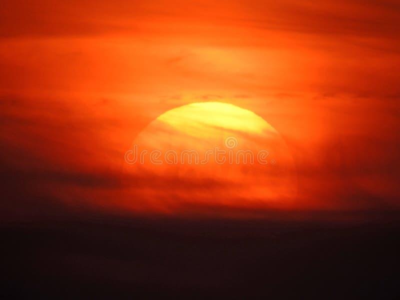 Zonsondergang watercolour het schilderen het art. van hemelwolken stock afbeelding